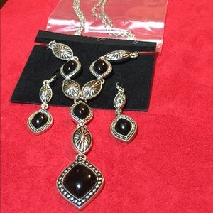 Black and Silver Tone Necklace & Earrings Set